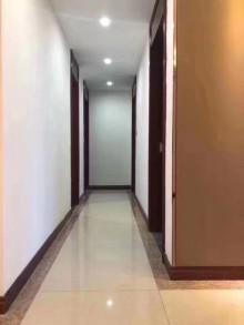 (城南)锦尚名苑3室2厅1卫105m²豪华装修