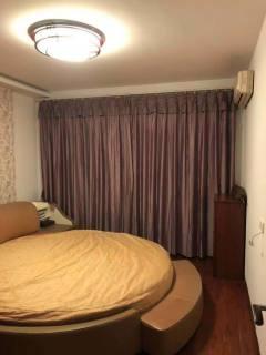 (市中心)金色维也纳2室2厅1卫110m²豪华装修