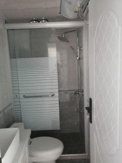 (市中心)海南新村2室1厅1卫70m²豪华装修